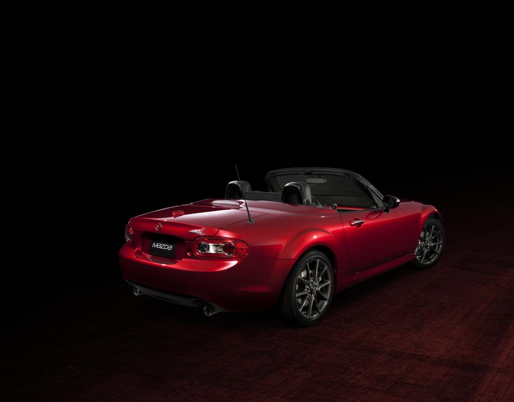 MX-5_25th_Anniversary_Edition_EX_003