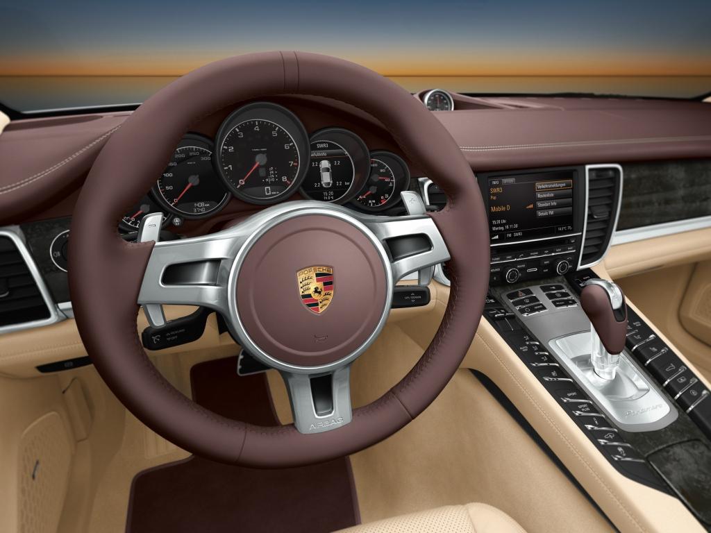 Porsche Panamera Diesel Interior