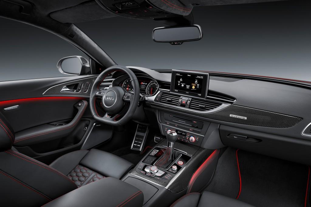 Audi RS6 Performance Interior